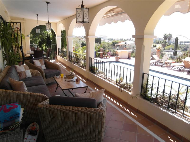 4 Bedroom Villa For Rent in El Rosario