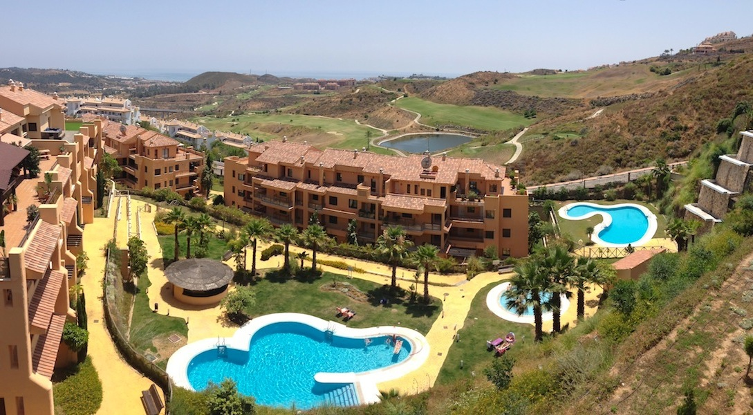 Brand New Apartment in Calanova Golf
