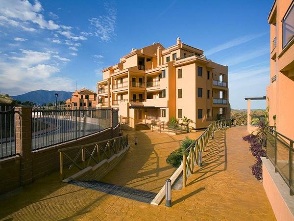 Unfurnished Apartment Calanova Sea Golf